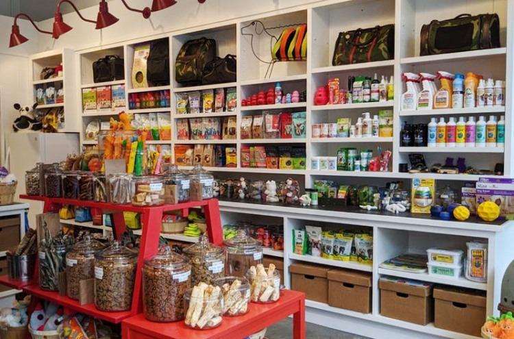 George pet store interior in San Ramon, CA
