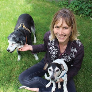Q&A With Amy Sutherland about dog fostering